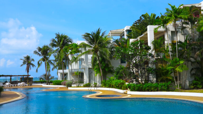 Natural Villas _ Front Samet Beach House _ Outdoor Pool