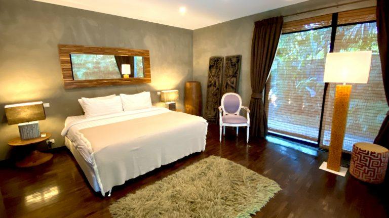 Chiang Mai Luxury Private Pool Villa | Downstairs Master Bathroom Slideshow Photo