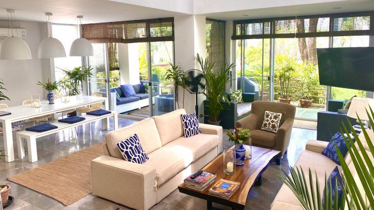 Front Samet Beach House | Slider | Living Room in the Villa